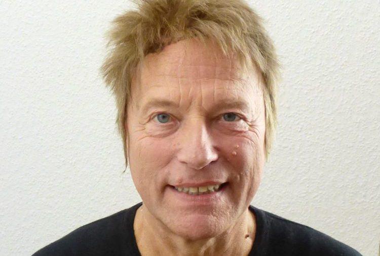 Hellbraune Herrenperücke Ida 29
