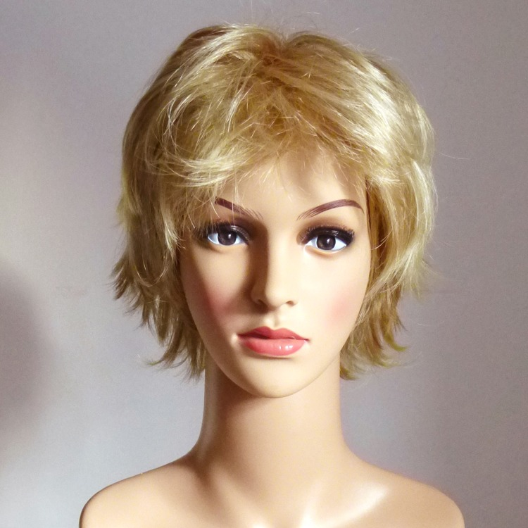 blonde Kunsthaar Damenperücken ausleihen